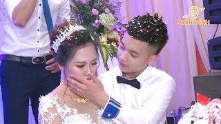 Cô dâu 2k2 xinh xắn dễ thương bất ngờ khóc nức nở
