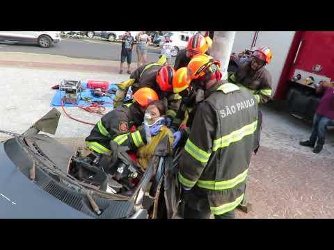 Semana Nacional de Trânsito: Bombeiros fazem simulado