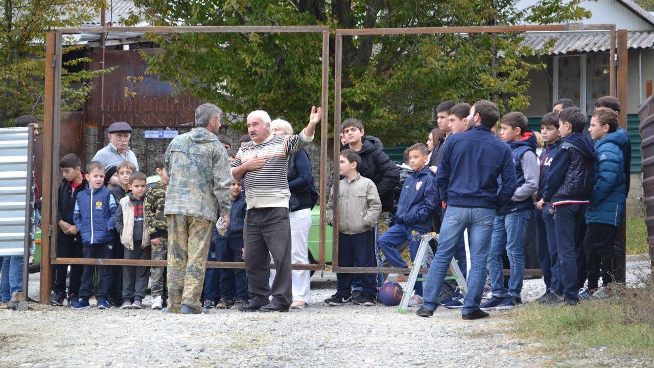 Жители Сочи заявляют о незаконной застройке футбольного поля