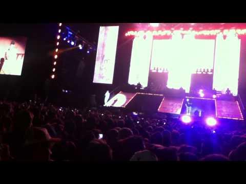 Eminem - No love feat (Lil Wayne) Live @pukkelpop 2013 Belgium