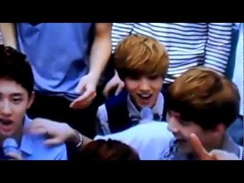 120810 EXO - MAMA (Close-up) @ SM Art Exhibition