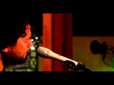 RALY BARRIONUEVO Y LITO VITALE - Zamba De Usted (Acpustico - HD)