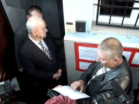 Мельничук зачитує заяву Свободи