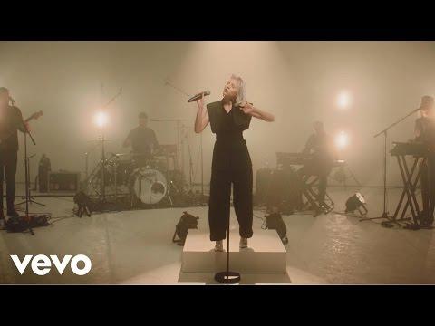 Aurora - Warrior (Live) - Stripped (Vevo UK LIFT)
