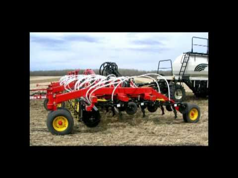 Bourgault 3310 Paralink Hoe Drill Operator's Video - Part 1 of 5