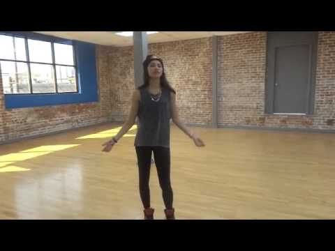 Baixar EXCLUSIVE: Zendaya Shows You How to Dance!