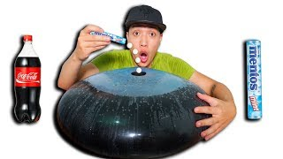 NTN - Đổ 100 Viên Mentos Vào Quả Bóng Coca Cola ( Balloon Vs Coca Mentos )