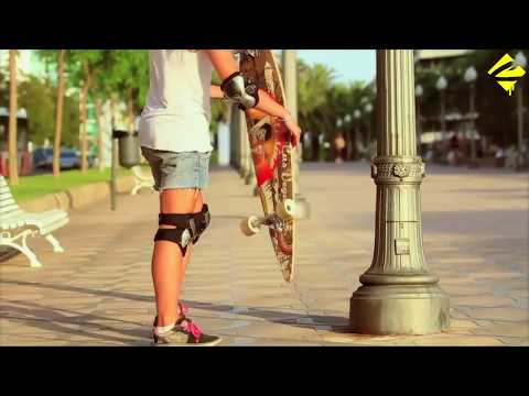 Video CHOKE SKATEBOARDS Longboard LONG JOHN JUICY SUSI Vert