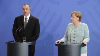 Merkel İstanbul'daki terör saldırısını kınadı