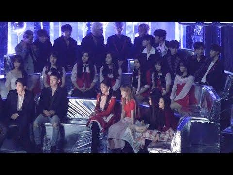 171202 엑소,레드벨벳,여자친구,워너원,위너- IU 아이유 이름에게 리액션[전체] 직캠 Fancam (2017 멜론 뮤직 어워드) by Mera