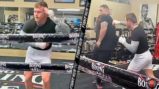 CANELO ALVAREZ TEACHING ANDY RUIZ JR MAYWEATHER SHOULDER ROLL; SHOWS OFF DANCE MOVES WITH SON AT GYM