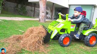 Kid Unboxing Assembling and ride on Tractor Excavator Power Wheels