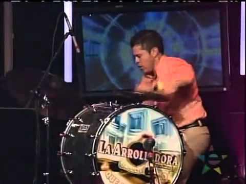 El Muchacho Alegre - La Arrolladora Banda El Limón (Sold Out Desde Los Angeles)