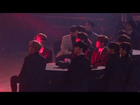 171115 Asia Artist Awards(AAA) wanna one 워너원 reaction to JBJ