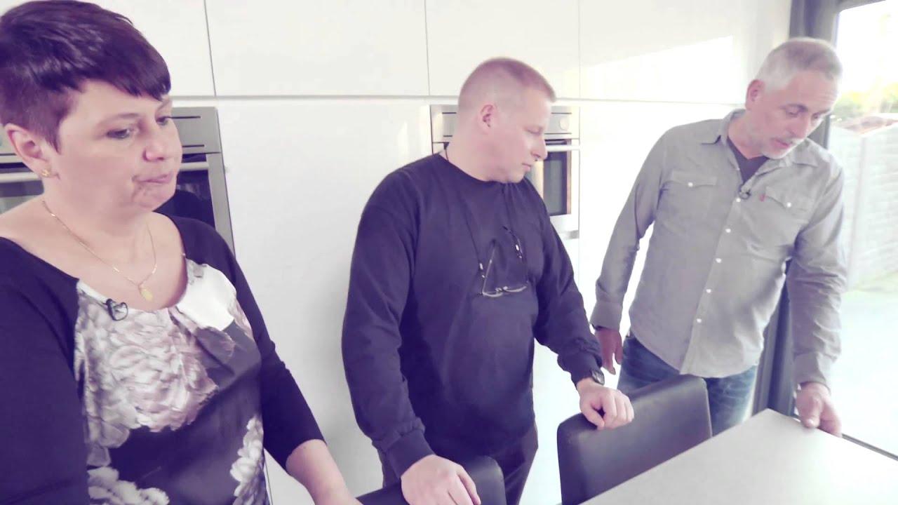 Tevreden klanten over hun moderne keuken