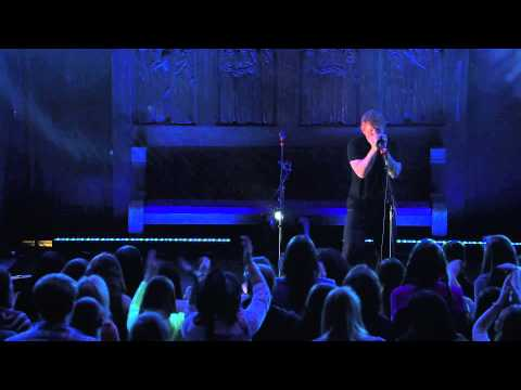 Ed Sheeran: Live from the Artists Den -