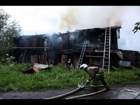 Пожар в Кемском поселке в Архангельске