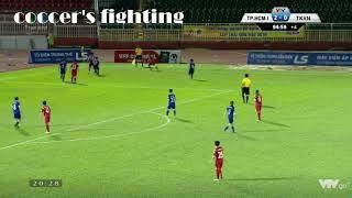 Cầu thủ nữ đánh nhau kinh hoàng trên sân sau trận đấu/ Kungfu football in a women match in Vietnam