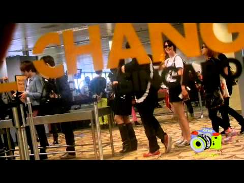 [HD Fancam] 121124 EXO and f(x) at Changi Airport