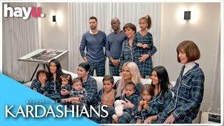 A Kardashian Christmas Dinner! | Season 16 | Keeping Up With The Kardashians