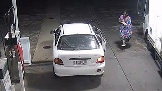 لحظة سرقة سيارة من محطة وقود في أستراليا