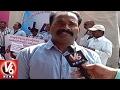 Contract lecturers mob Gandhi Bhavan