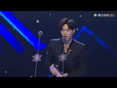 (Eng Sub) 171203 Tencent Star Awards Red Carpet + Album of the Year LAY Zhang Yixing 张艺兴