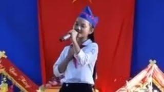Hà Quỳnh Như Giọng Hát Việt Nhí 2018 hát trong ngày khai giảng cực hay