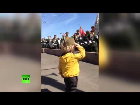 Малиот генерал на парадата на победата во Москва