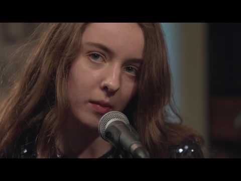 Let's Eat Grandma - Eat Shiitake Mushrooms (Live on KEXP)