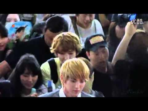 [Fancam] EXO - Kris, Baekhyun & Chanyeol at Gimpo Airport 120803