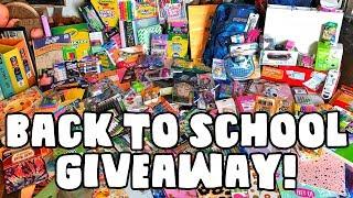 Back To School GIVEAWAY! 2018 MACBOOK PRO! | Grav3yardgirl