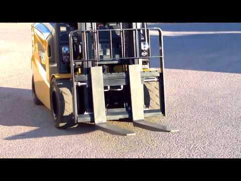 Intelligent Curve Control - Cat® 80V Electric Lift Truck - 2.5 - 3.5 Tonnes