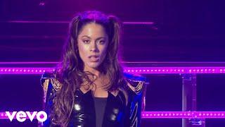 TINI, Karol G - Princesa (Live - Quiero Volver Tour)