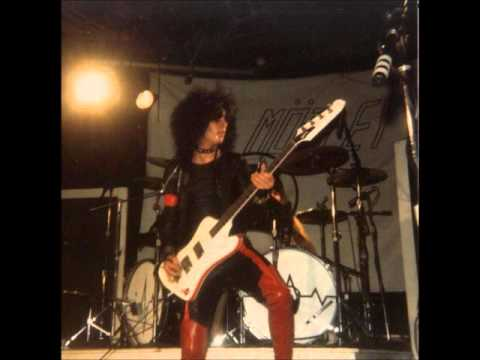 Motley Crue 81 82 The Early Years Photo Gallery - YouTube