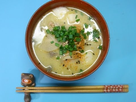 Pork miso soup (Ton-jiru or Buta jiru) ブヒ汁
