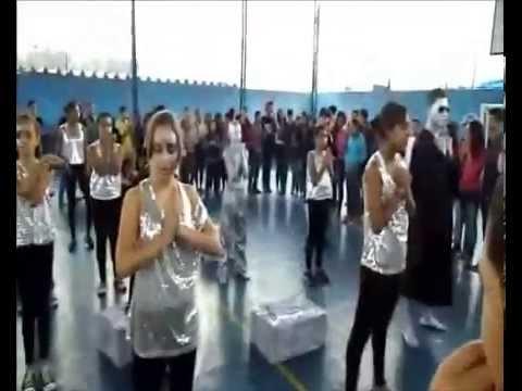 GRUPO DE DANÇA-CENTRO COMUNITÁRIO DAS CRIANÇAS DE NOSSA DRA DE GUADALUPE - JD. LAURA