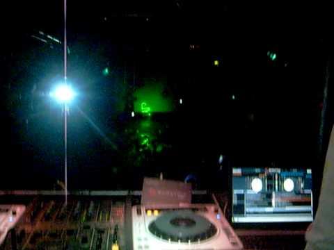 Baixar OS MELHORES DJs DA CENA GLS E DO MUNDO NA DANGER CLUB EM SÃO PAULO