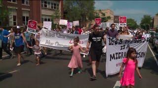Chicagoans march against immigration children separation and enforcement sweeps