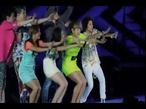 Oops!! - SUPER JUNIOR feat f(x) SMTOWN LIVE WORLD TOUR III in SEOUL