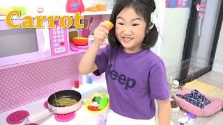 보람이의 뽀로로 짜장면 요리놀이 Boram and Pororo Noodle