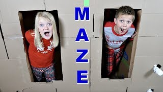 ULTIMATE BOX FORT MAZE!