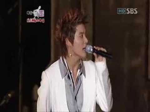 Xiah and Changmin singing Timeless
