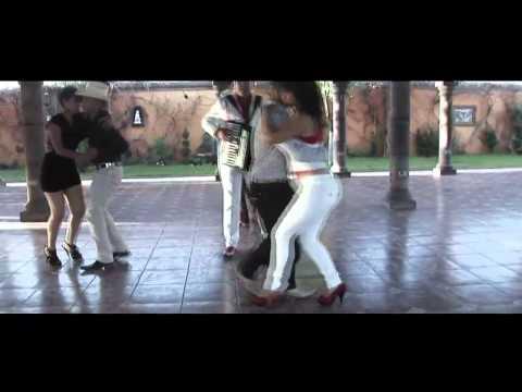 La Licuadora-Los Caporales de Chihuahua