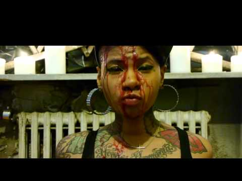 GIVING JEAN GRAE A #HIGH5 AND KICKIN TV, RADIO, AND THE MUSIC INDUSTRY OUT OUR PALACE LIKE MOMMA DEE!