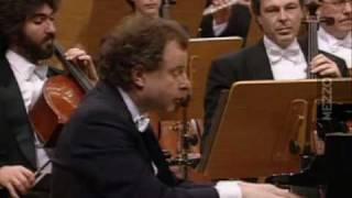 Piano Concerto No. 3, Sz.119: Allegretto