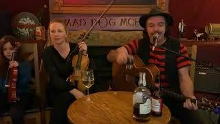 Mad Dog Mcrea - Mad Dog & Family Fireside Session