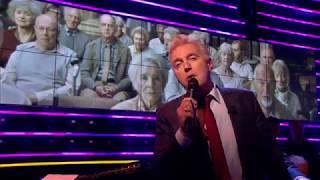 André van Duin zingt 'Oude Mensen' van Willem Wilmink