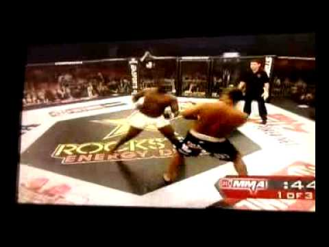 Strikeforce Cormier vs Fraizer (part 1)