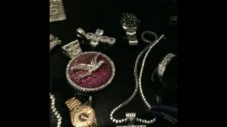 #Birdman still has his 90's Jewelry! Bling bling for days! Cash Money Records CEO has old money!